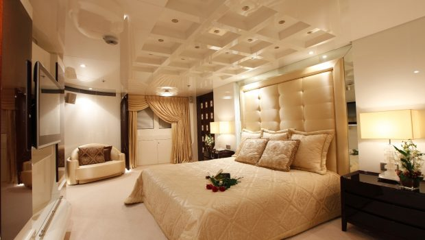vera motor yacht master stateroom2 min -  Valef Yachts Chartering - 1489