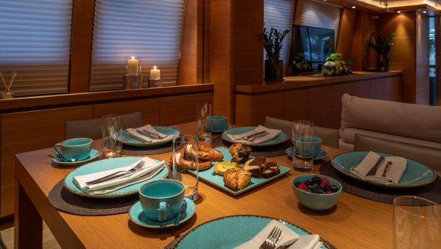celia motor yacht table setting min -  Valef Yachts Chartering - 1335