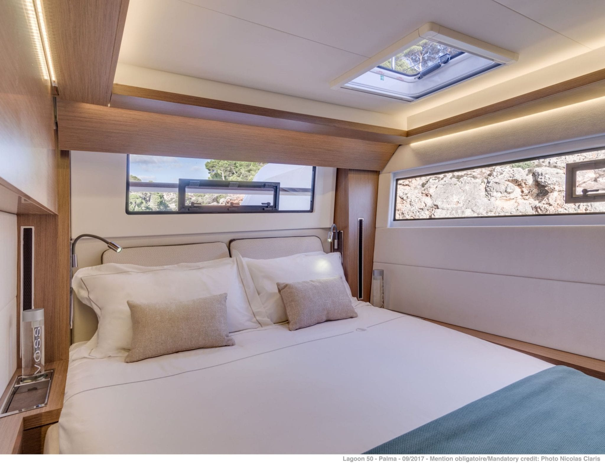 happy feet motor yacht double cabins (1) min -  Valef Yachts Chartering - 1376