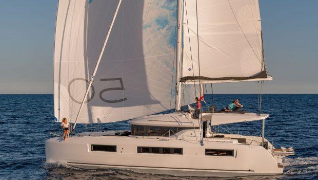 happy feet motor yacht exterior min -  Valef Yachts Chartering - 1373