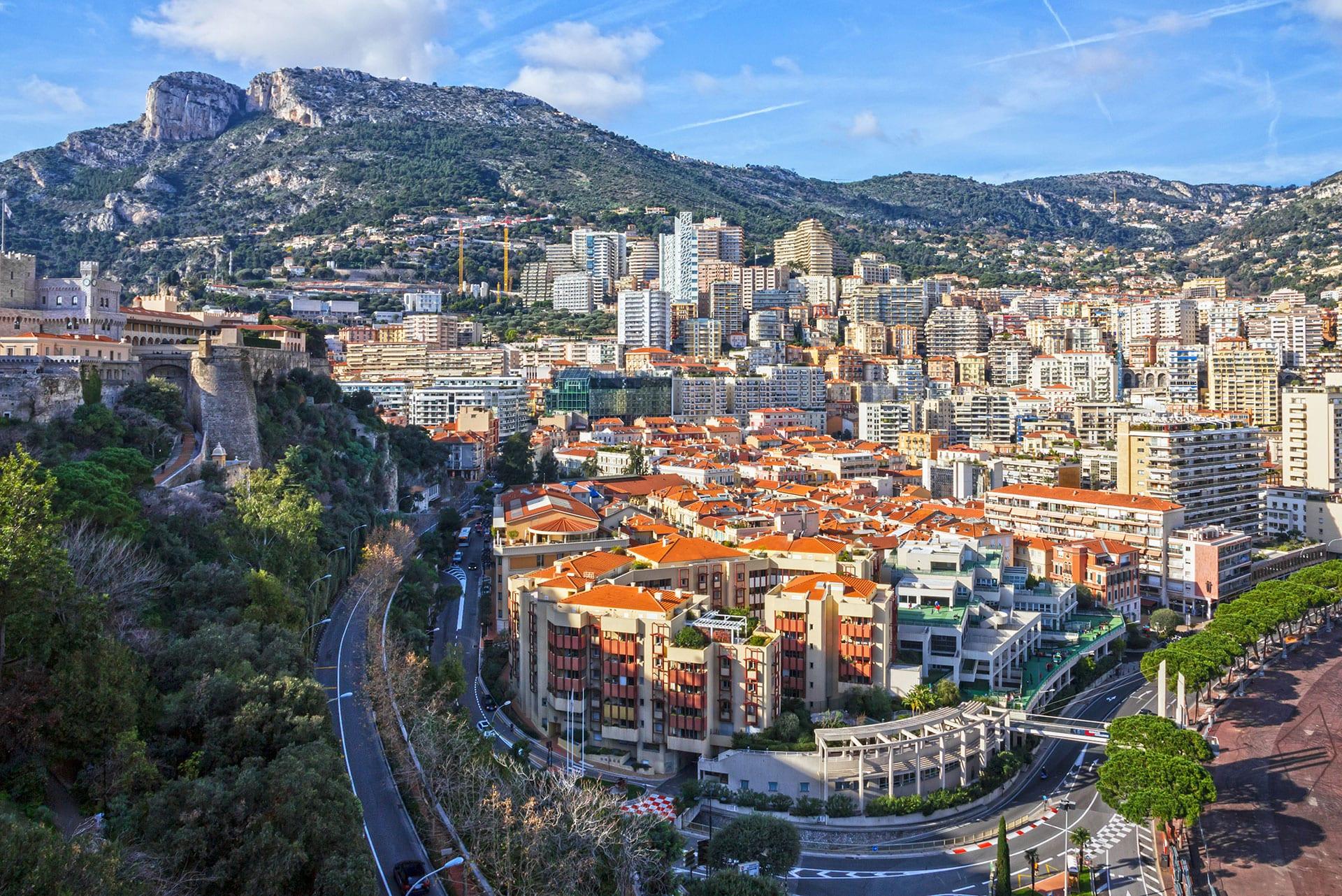 Monaco grand prix AdobeStock_106241440 1920 -  Valef Yachts Chartering - 1155