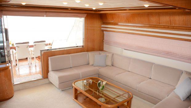 avra motor yacht salon (2) min -  Valef Yachts Chartering - 1059