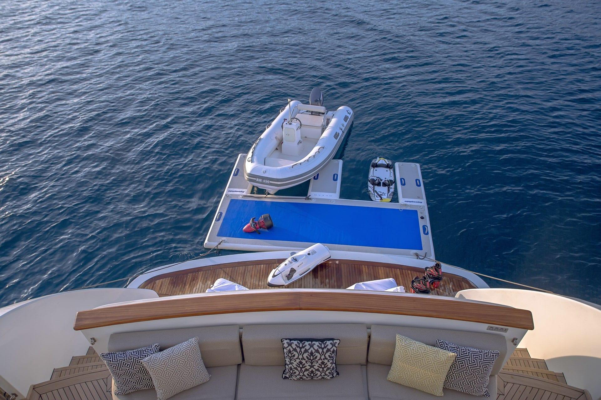 aquila motor yacht aft deck min -  Valef Yachts Chartering - 0999