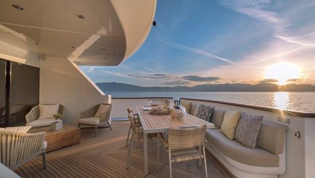 yacht aft deckaquila