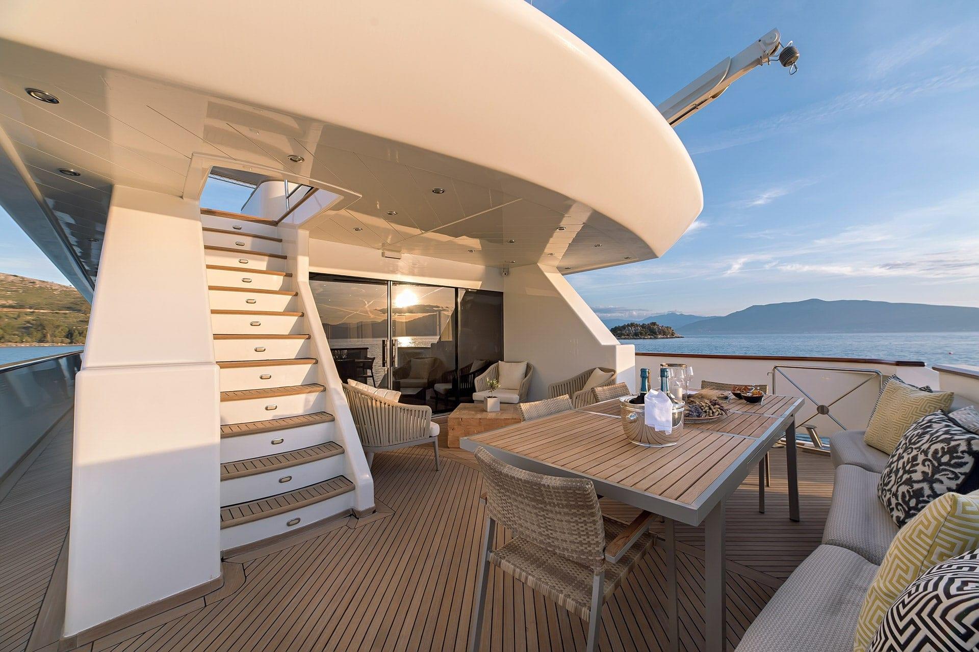 aquila motor yacht aft deck shots (3) min -  Valef Yachts Chartering - 0997