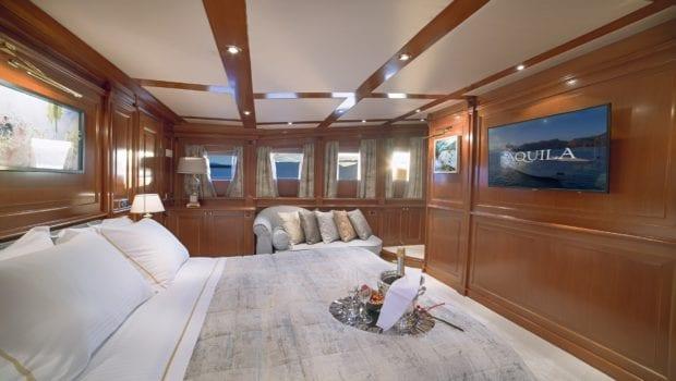 aquila motor yacht doubles (1) min -  Valef Yachts Chartering - 0990