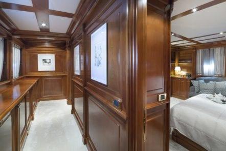 aquila motor yacht lower deck cabins min -  Valef Yachts Chartering - 1010