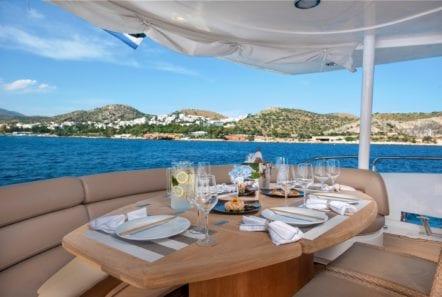 mi alma motor yacht aft dining (2) -  Valef Yachts Chartering - 0968