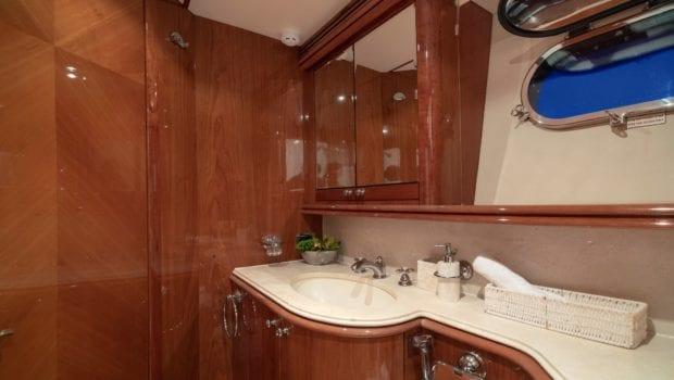 mi alma motor yacht bath -  Valef Yachts Chartering - 0967