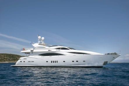 mi alma motor yacht profile (1) min -  Valef Yachts Chartering - 0936