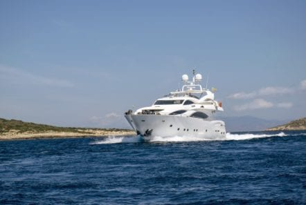 mi alma motor yacht profile (10) min -  Valef Yachts Chartering - 0927