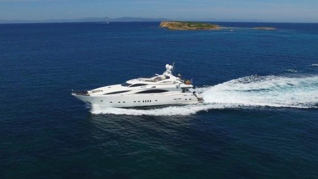 mi alma motor yacht profile (2) min -  Valef Yachts Chartering - 0935