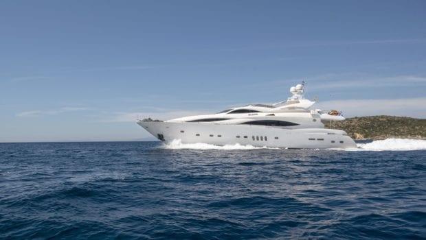 mi alma motor yacht profile (8) min -  Valef Yachts Chartering - 0929