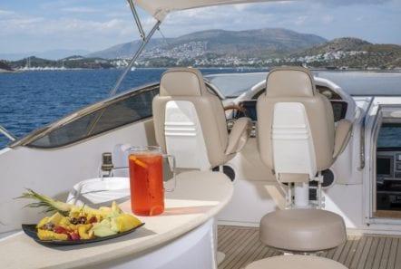 mi alma motor yacht sundeck (3) min -  Valef Yachts Chartering - 0924