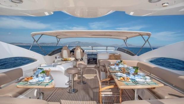 mi alma motor yacht sundeck -  Valef Yachts Chartering - 0976