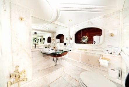 prince motor sailer bath -  Valef Yachts Chartering - 0881