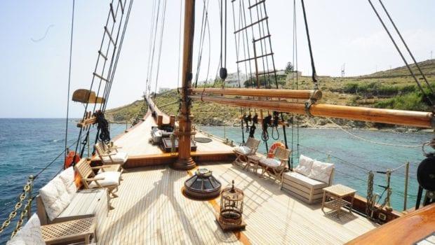 prince motor sailer deck (8) -  Valef Yachts Chartering - 0912