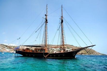 prince motor sailer profile (1) -  Valef Yachts Chartering - 0895