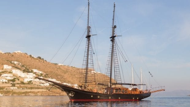 prince motor sailer profile (4) -  Valef Yachts Chartering - 0893