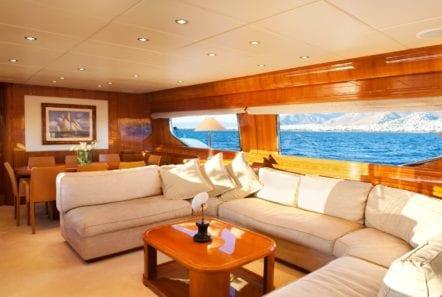 dilias motor yacht salon (2) min -  Valef Yachts Chartering - 0778