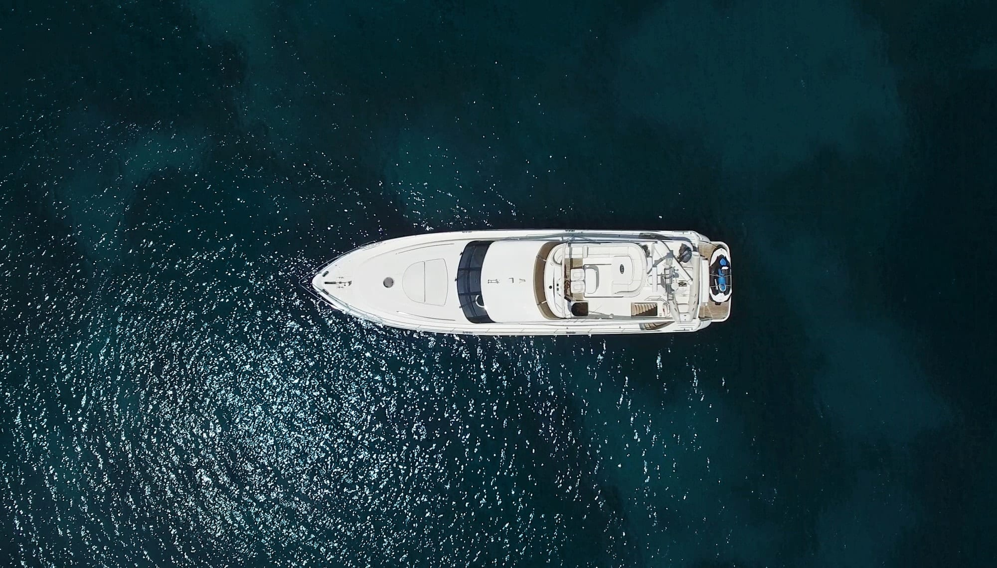 fast break motor yacht aerial (1) min -  Valef Yachts Chartering - 0876
