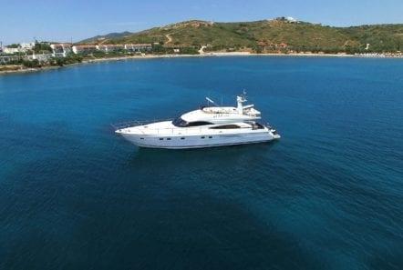 fast break motor yacht aerial (2) min -  Valef Yachts Chartering - 0875