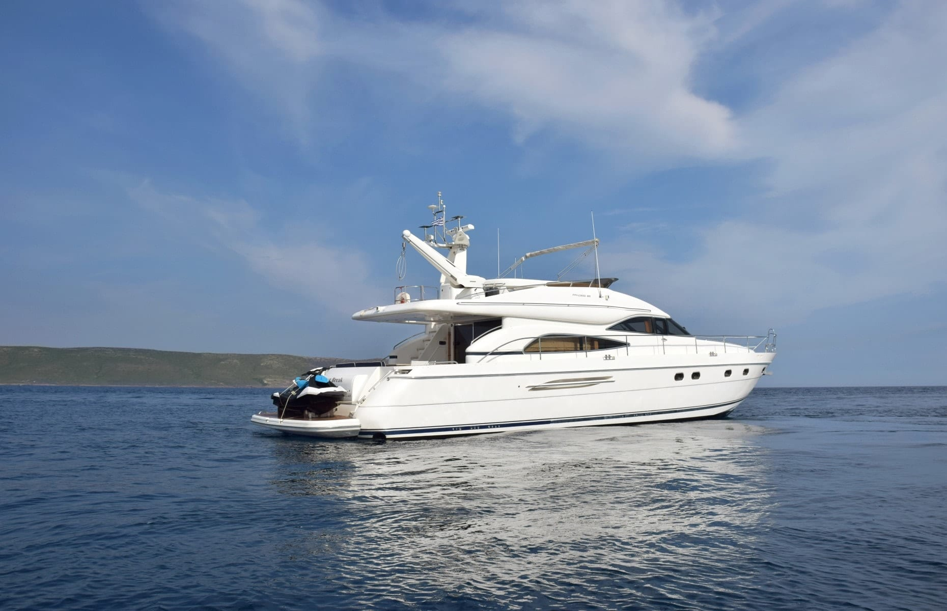 fast break motor yacht profile (2) min -  Valef Yachts Chartering - 0862