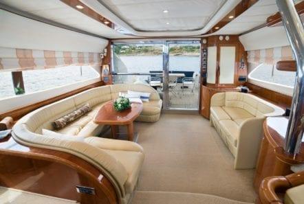 fast break motor yacht salon (1) min -  Valef Yachts Chartering - 0858