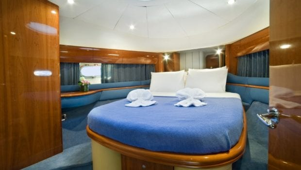 fast break motor yacht vip cabin min -  Valef Yachts Chartering - 0851