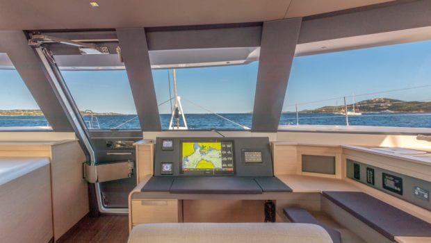 number one catamaran navigation min -  Valef Yachts Chartering - 0822