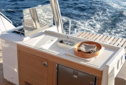 number one catamaran sink min -  Valef Yachts Chartering - 0812