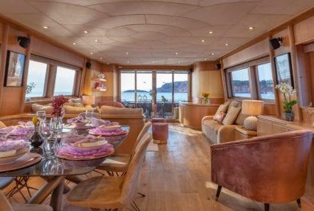 anamel motor yacht salon min -  Valef Yachts Chartering - 0767