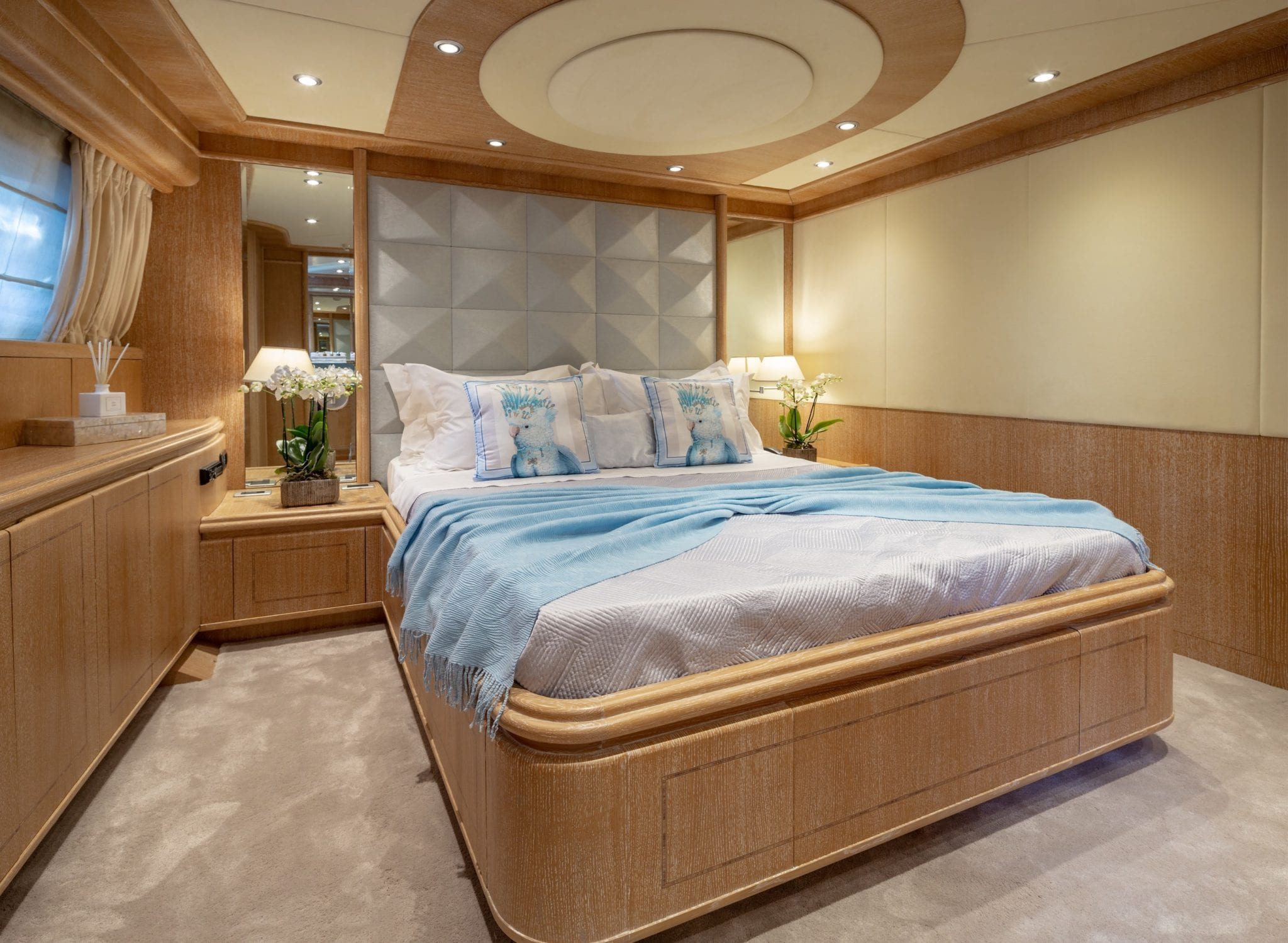 anamel motor yacht vip cabin min -  Valef Yachts Chartering - 0764