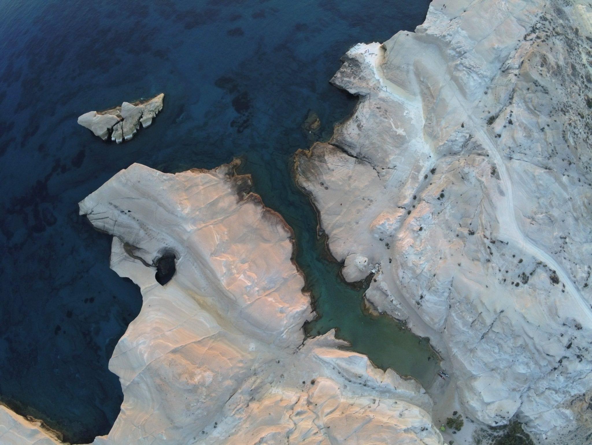 milos wellness hot springs cyprien delaporte travel guide min -  Valef Yachts Chartering - 0755