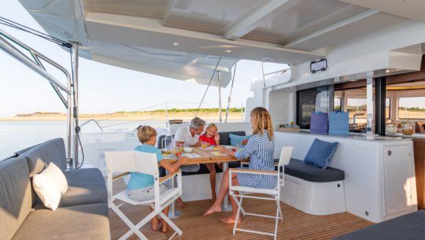 alice catamaran aft -  Valef Yachts Chartering - 0643