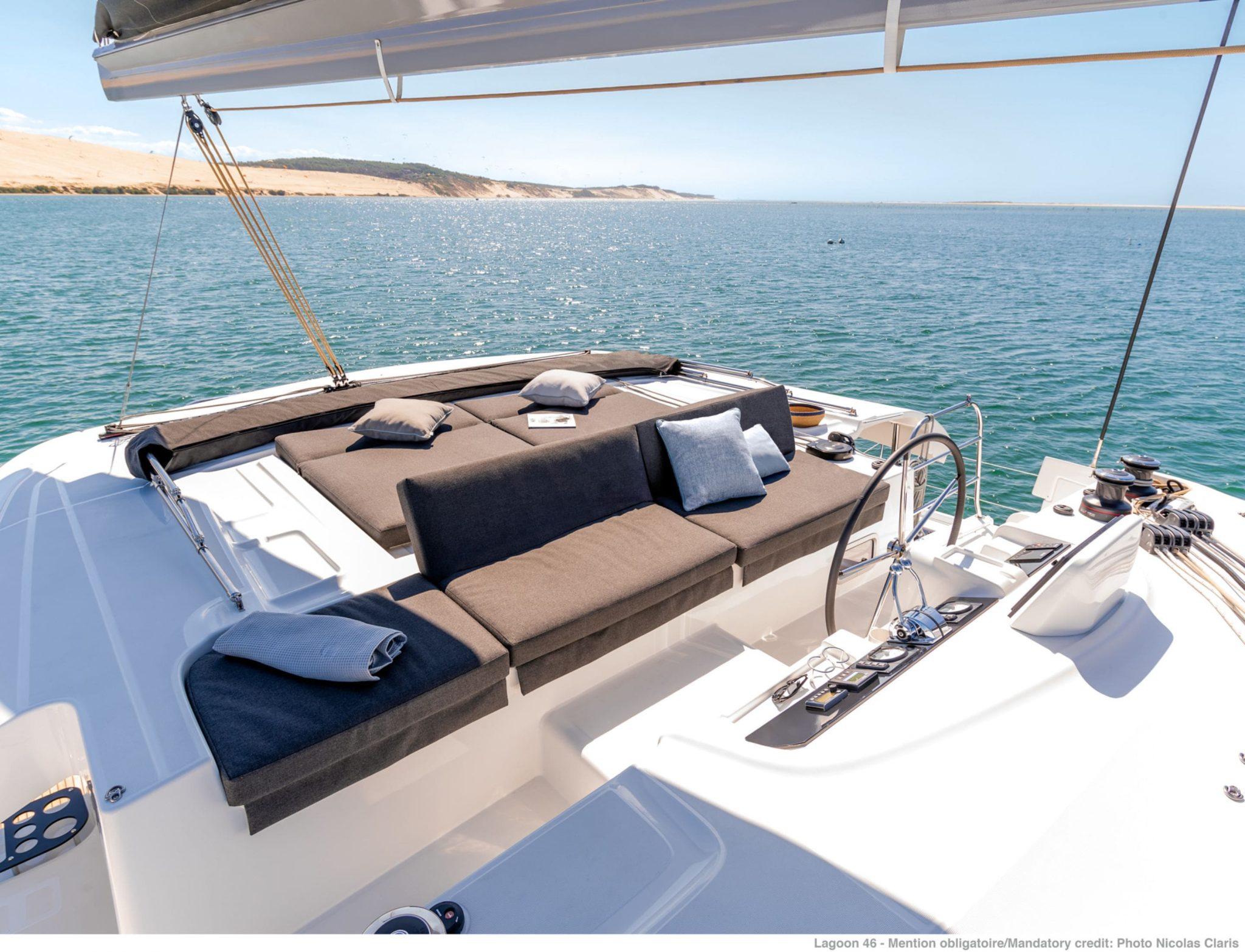 alice catamaran helm -  Valef Yachts Chartering - 0649