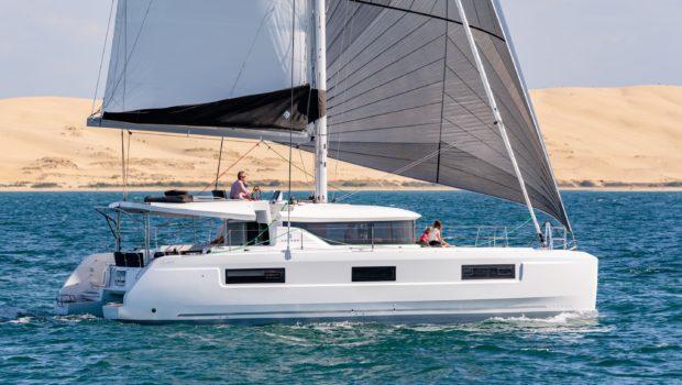 alice catamaran profile (1) -  Valef Yachts Chartering - 0647