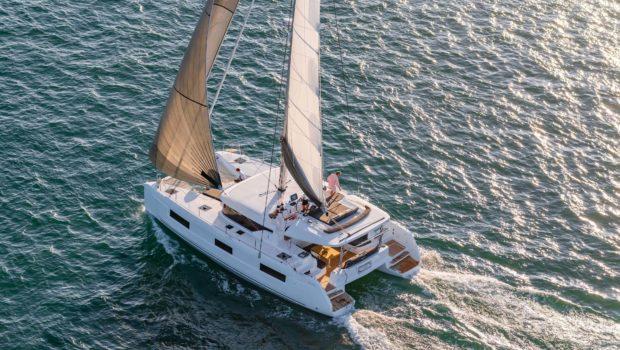 alice catamaran profile (3) -  Valef Yachts Chartering - 0645