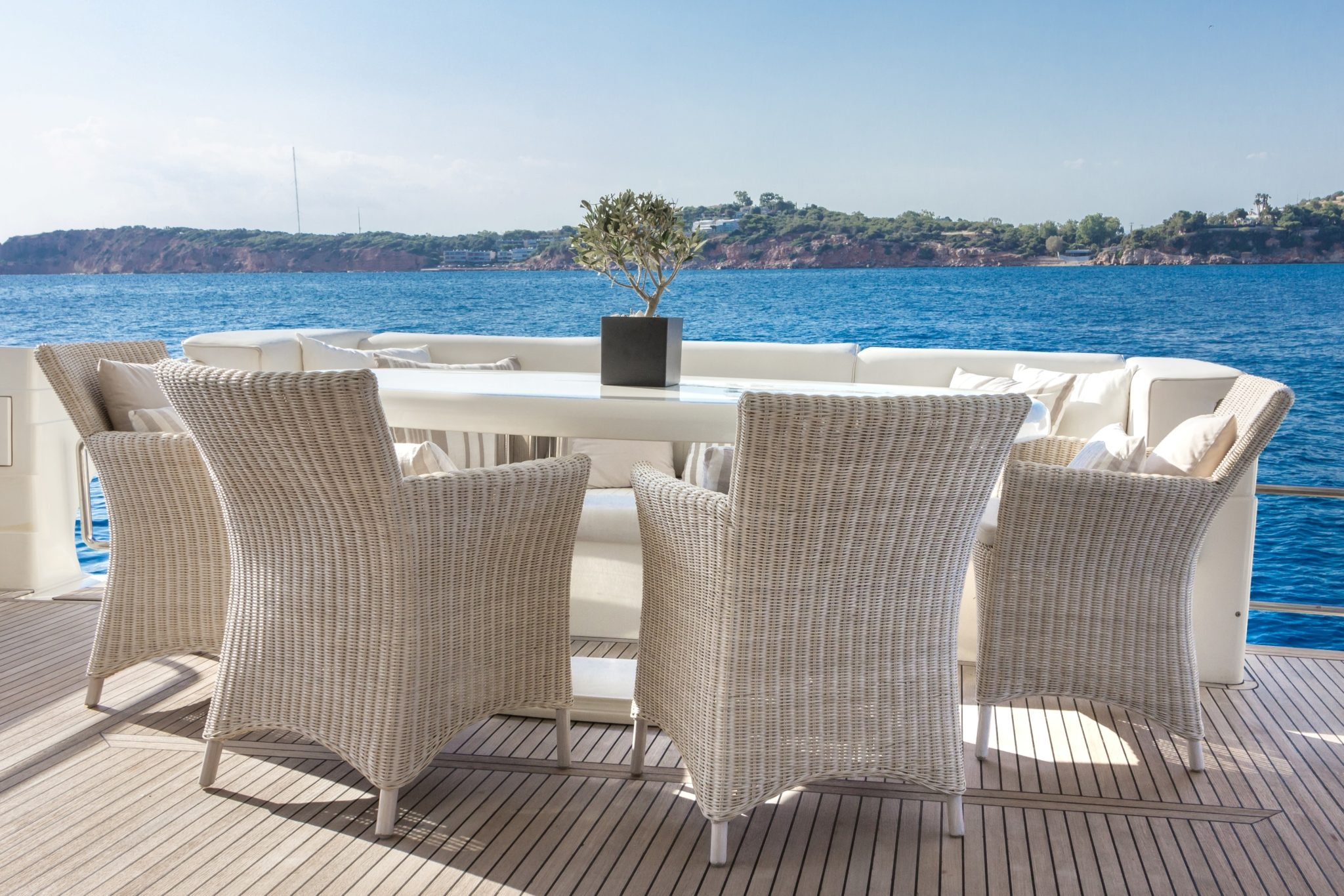 amoraki motor yacht aft table -  Valef Yachts Chartering - 0719