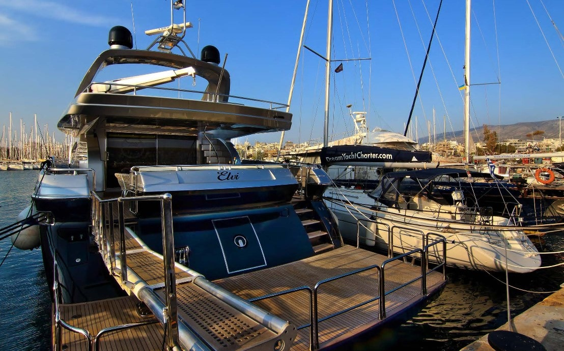 elvi motor yacht aft (2) min -  Valef Yachts Chartering - 0614
