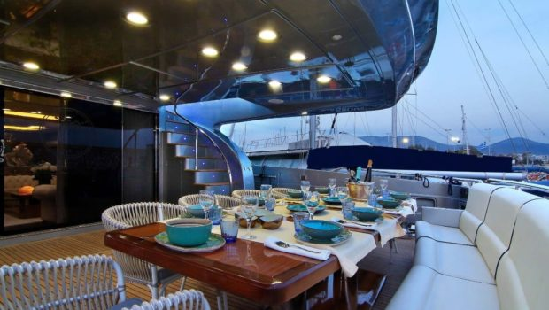 elvi motor yacht aft deck (1) min -  Valef Yachts Chartering - 0613