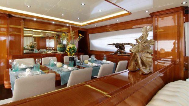 elvi motor yacht dining (2) min -  Valef Yachts Chartering - 0607