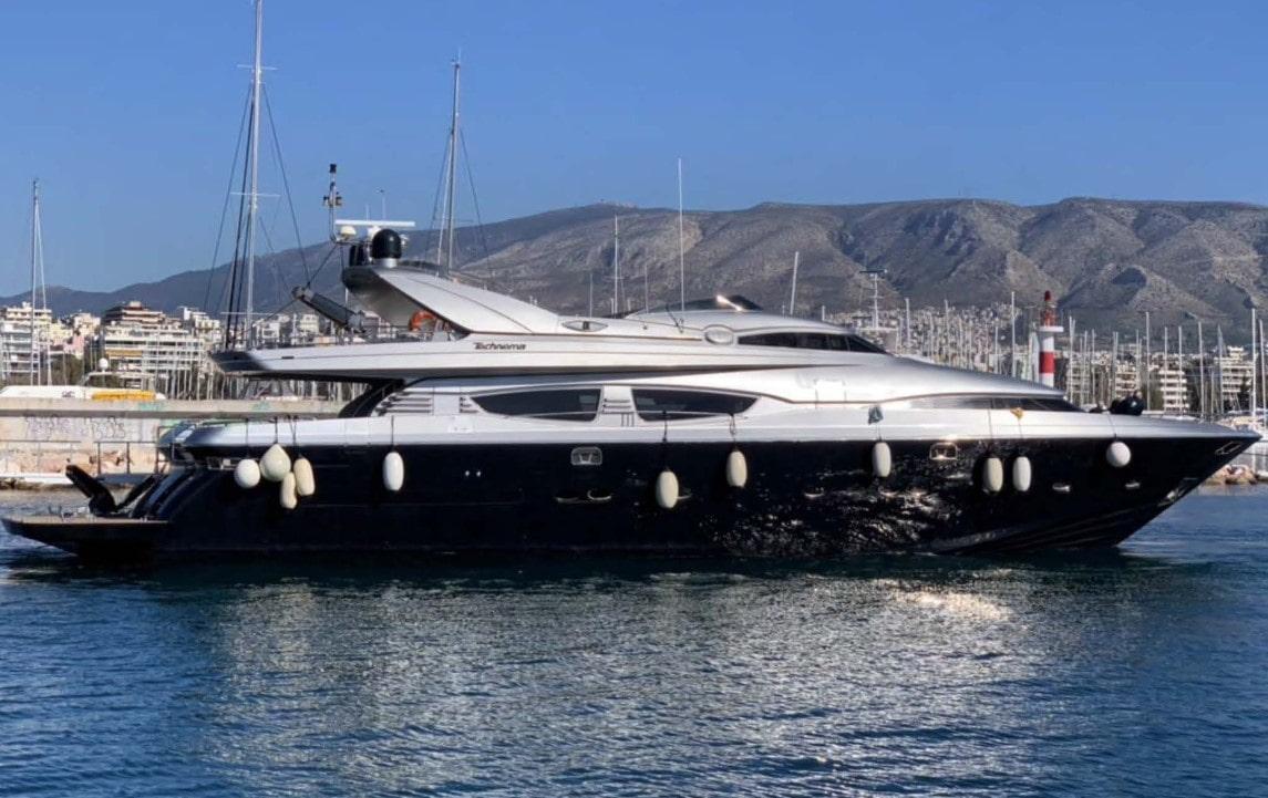 elvi motor yacht profile min -  Valef Yachts Chartering - 0633