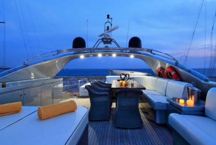 elvi motor yacht sun deck (1) min -  Valef Yachts Chartering - 0627