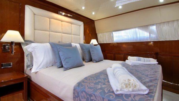 elvi motor yacht vip cabin (2) min -  Valef Yachts Chartering - 0618