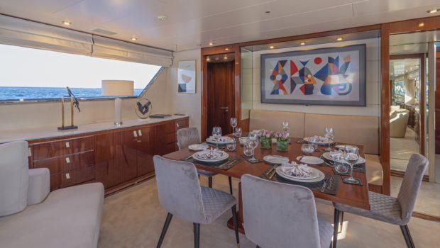 grace motor yacht dining (1) min -  Valef Yachts Chartering - 0689