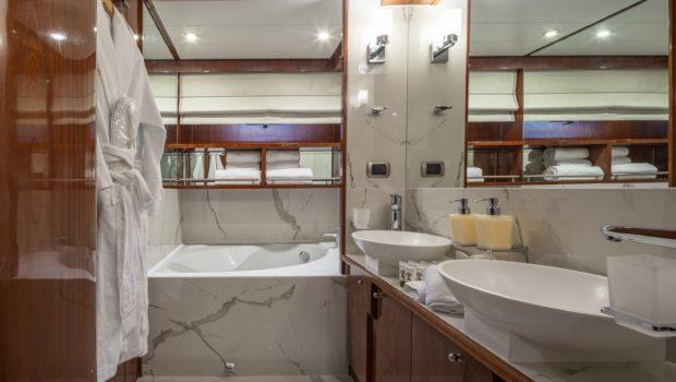 grace motor yacht master (1) min -  Valef Yachts Chartering - 0685