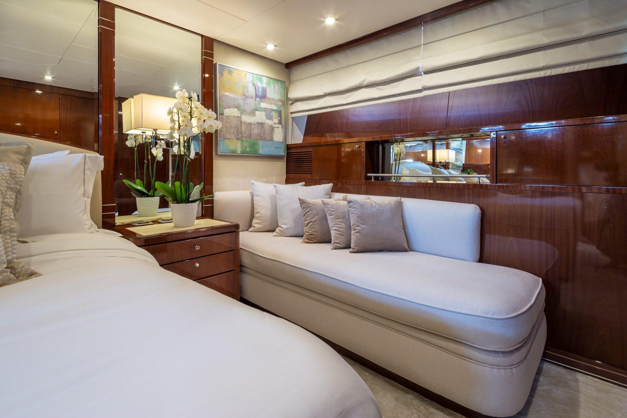 grace motor yacht twin (1) min -  Valef Yachts Chartering - 0656