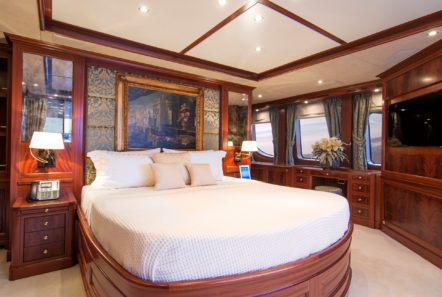 plan b motor yacht vip stateroom (4) min -  Valef Yachts Chartering - 0703