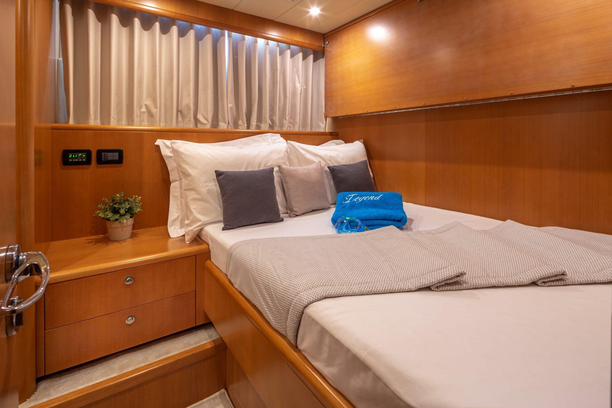 Legend Double cabin min -  Valef Yachts Chartering - 0456